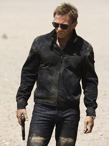File:Daniel Craig is a brilliant Steve McQueen lookalike.jpg