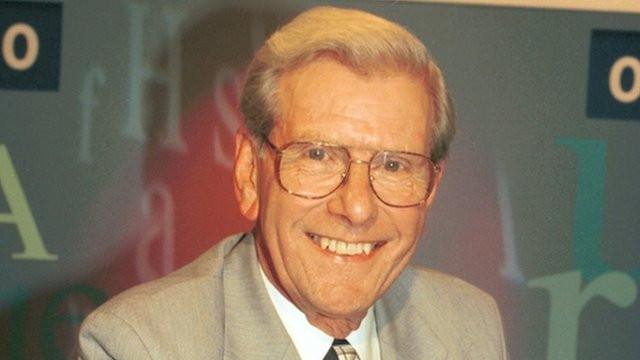 File:Bob holness.jpg