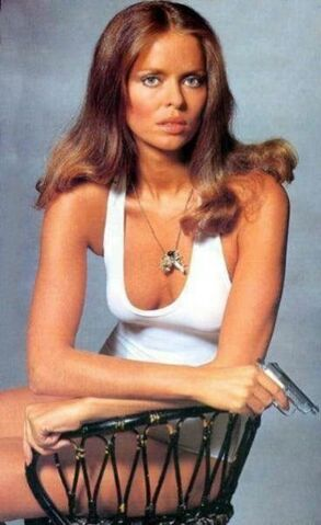 File:Barbara bach publicity shoot.jpeg