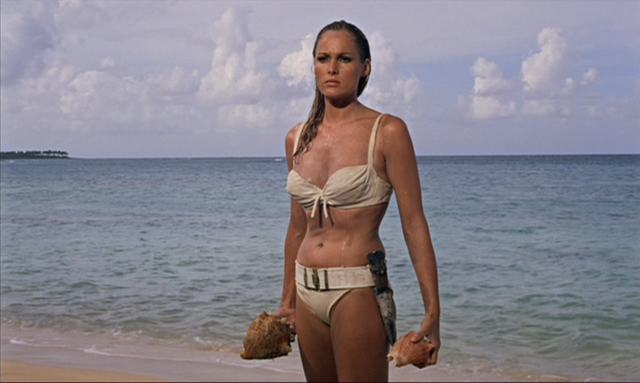 File:Dr. No - Honey Ryder.png