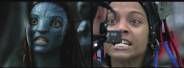 File:Zoe behind the scenes.jpg