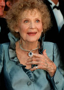 Gloria-Stuart-70th-Academy-Awards