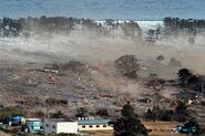 Japan-tsunami-earthquake-photo-stills-004