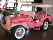 1965-Willys Jeep Gala Surrey pink