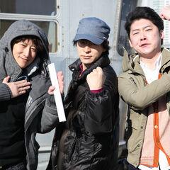 Araki with Yūsei Matsui (Assassination Classroom) and Yūto Tsukuda (Shokugeki no Soma) for