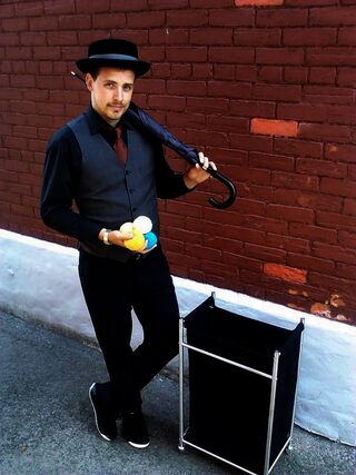 Gentleman Juggler