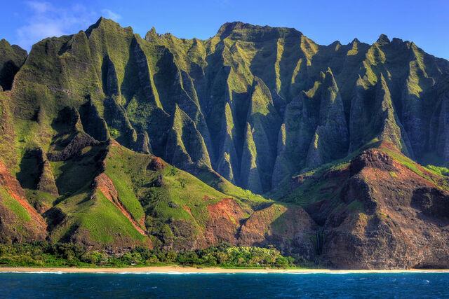 File:Na-Pali-Coast-Cathedral-Kauai-Hawaii-USA.jpg
