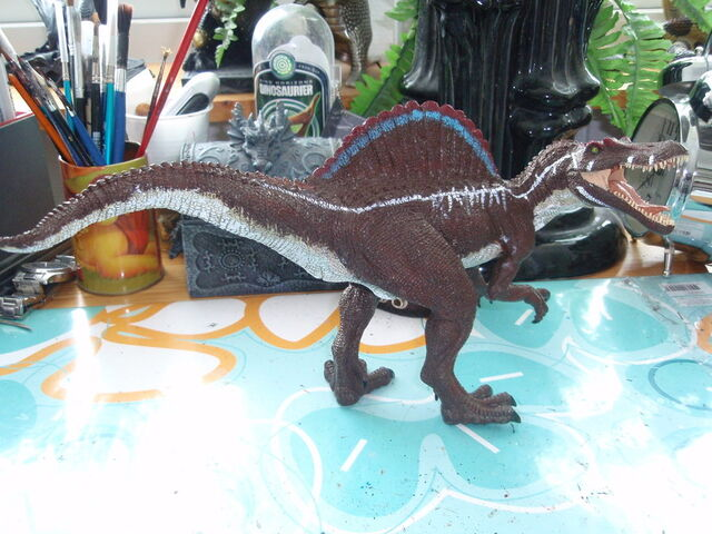 File:Custom JP 3 Papo Spinosaurus by hellraptor.jpg
