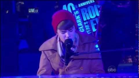 """Justin Bieber """"Let It Be"""" Live From Times Square - New Year's Eve 2011 (HD)"""