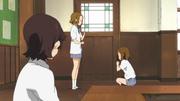 Ritsu and Yui acting