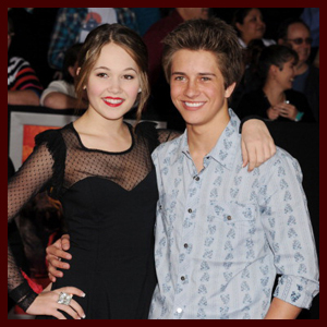 great headlines for online dating profiles: lab rats kelli berglund and billy unger dating