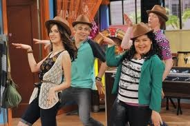 File:Austin and ally platypus day.jpg