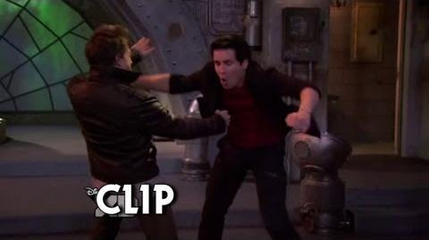 Donald vs Douglas (Lab Rats - Bionic Showdown) 1 2