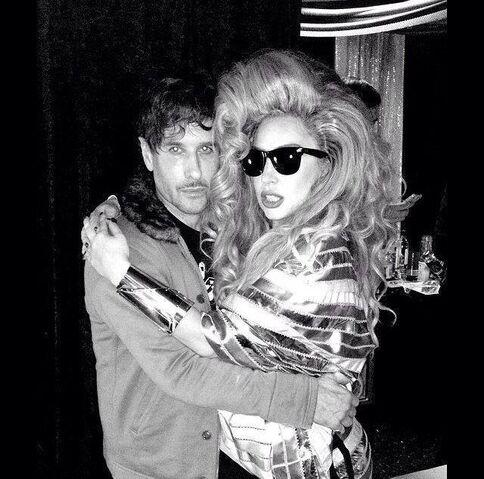 File:4-6-14 At Roseland Ballroom in NYC - Backstage 004.jpg