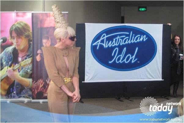 File:5-22-09 Austalian Idol 001.jpg