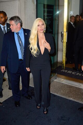 File:9-14-15 Arriving Brandon Maxwell NYFW in NYC 001.jpg