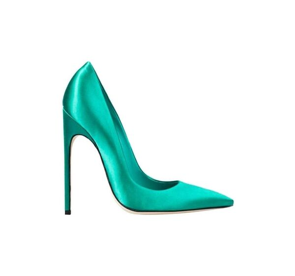 File:Brian Atwood - FM pumps.jpg