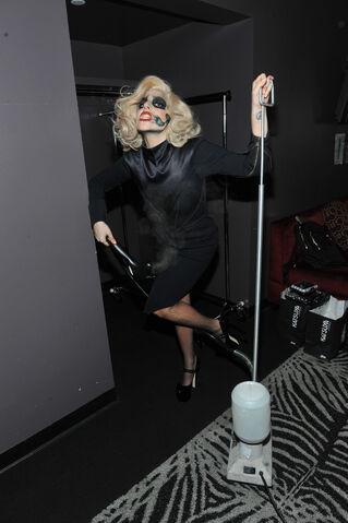 File:11-30-11 Backstage Grammy Nominations 004.jpg