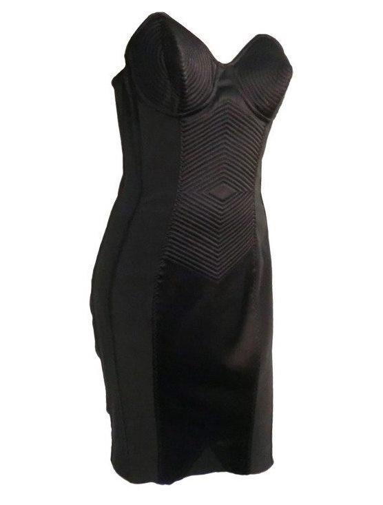 File:Jean Paul Gaultier Spring 2010 Modified Dress.jpg