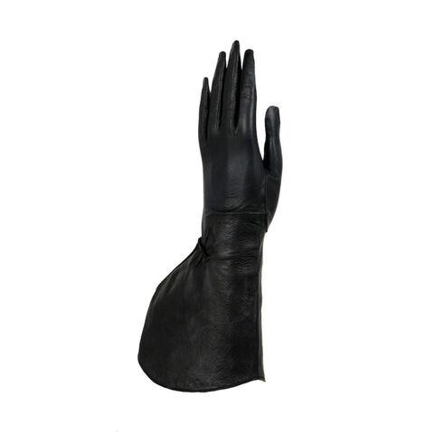 File:Alaïa - Leather gloves.jpg