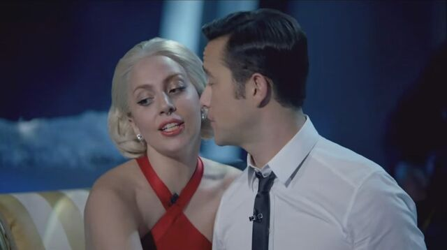 File:Lady Gaga & The Muppets' Holiday Spectacular & Joseph Gordon-Levitt - Baby it's Cold Outside 002.jpg
