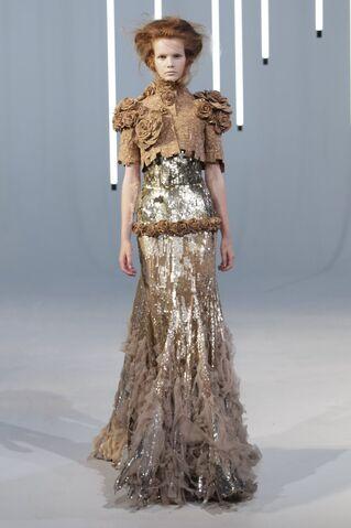 File:Jan Taminiau - Fall 2011 Haute Couture Collection 002.jpg