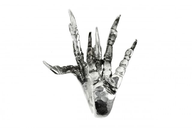 File:Capulet - Monster Claw.jpg