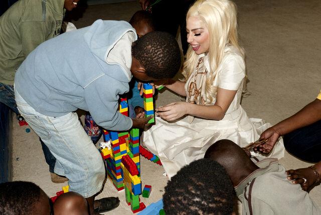 File:Lady Gaga UN-UNICEF 005.jpg