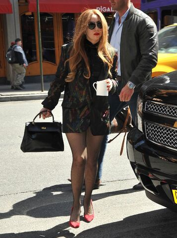 File:4-3-14 Arriving at Yoga Center in NYC 001.jpg