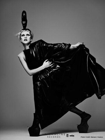 File:Born This Way USB - Mariano Vivanco 011.jpg