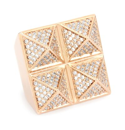 File:Noir - Four stud pyramid ring.jpeg