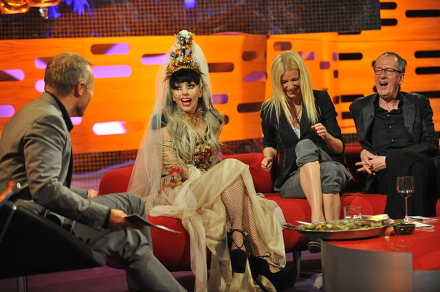 File:11-05-13 Graham Norton Show.jpg