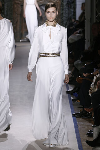 File:Yves Saint Laurent Fall 2011 RTW White Ensemble.jpg