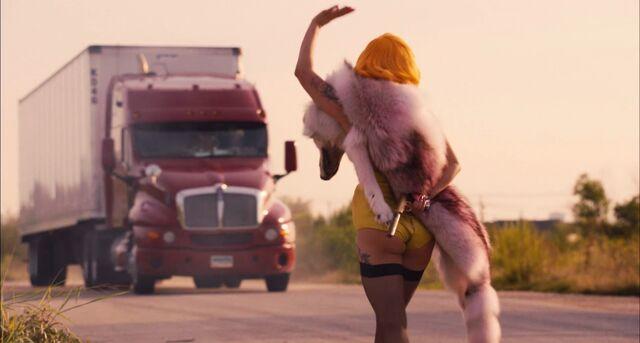 File:Gaga's-Scene-Machete-Kills12.jpg
