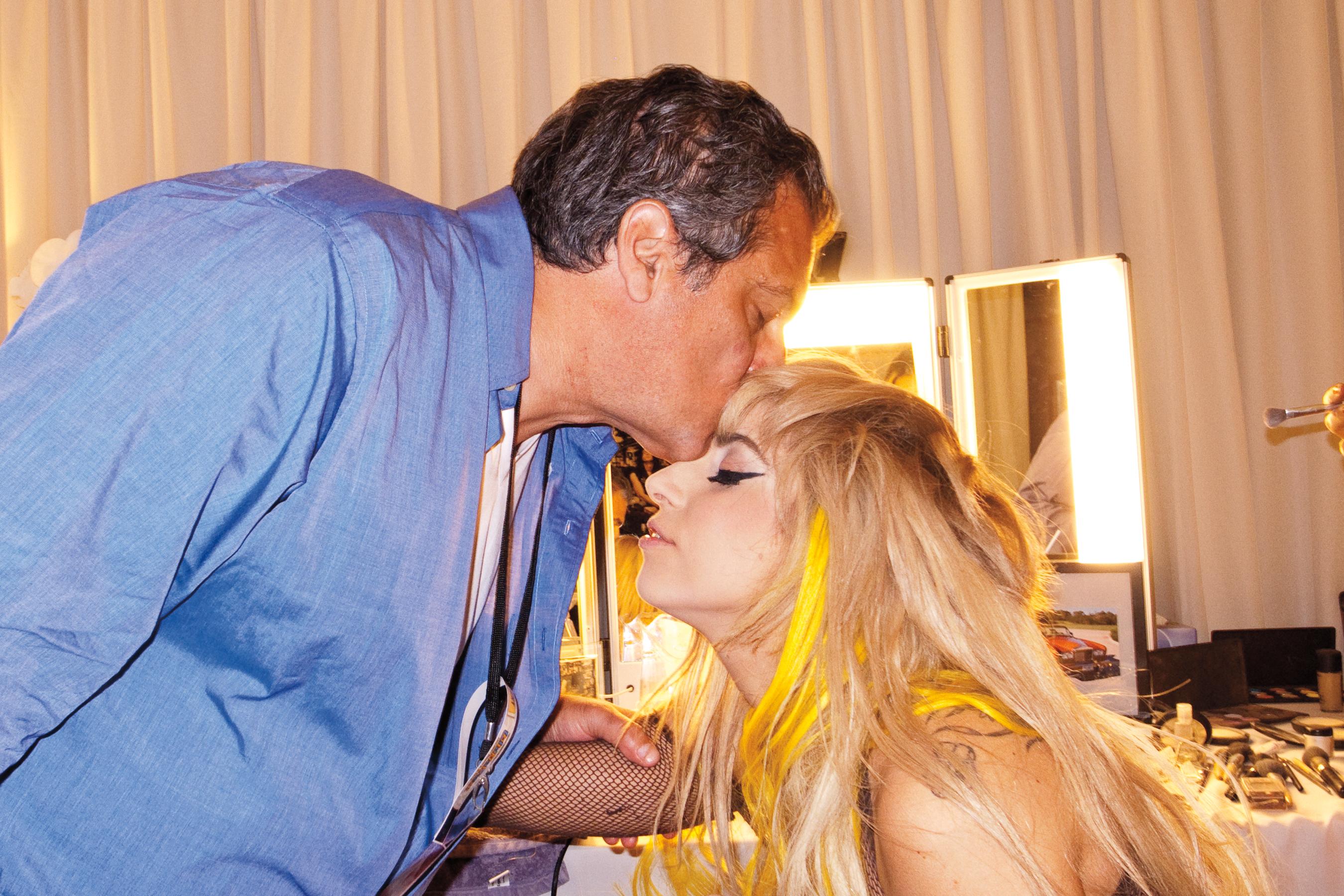 Русские отец и дочь занимаются сексом онлайн бесплатно, Отец и дочь, отец ебет дочь - Смотреть порно видео 9 фотография