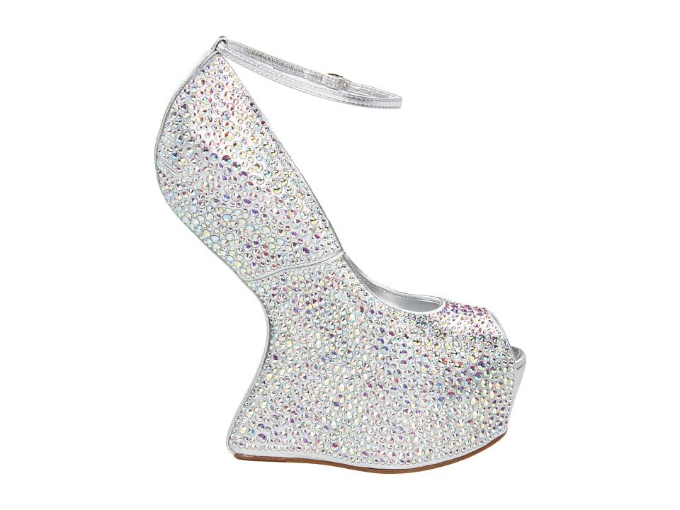 File:LadyGagaMTN-Shoes.jpg