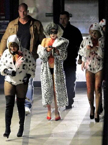 File:Gaga Halloween 04.jpg