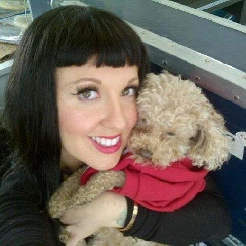 File:Tara and Fozzi Bear.jpg