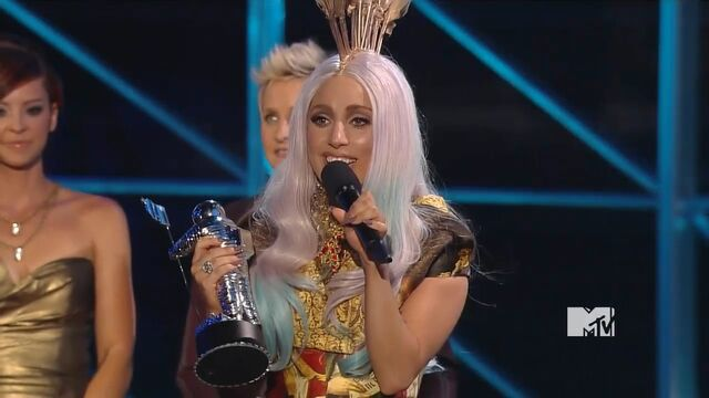 File:MTV VMAS 2010 SCREENSHOT 07.jpg
