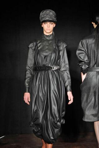 File:Camilla Staerk Fall Winter 2008 black dress.jpg