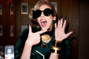 5-11-12 Terry Richardson 001