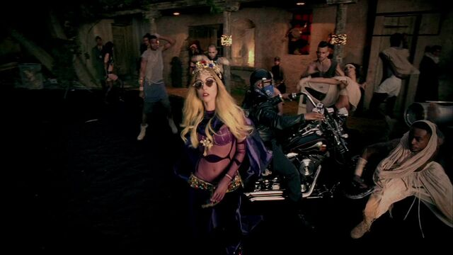 File:Lady Gaga - Judas 094.jpg