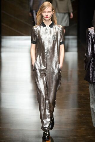 File:Trussardi - Fall-Winter 2014 Collection.jpg