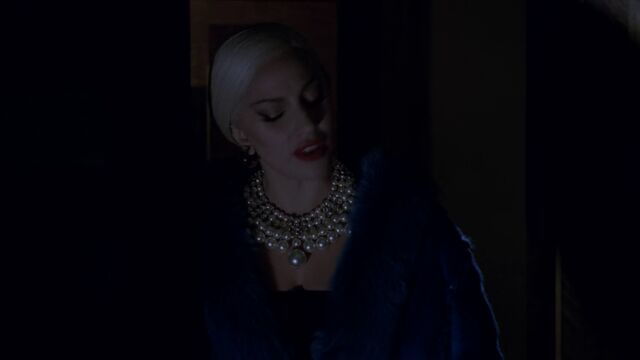 File:AHS Hotel - She Wants Revenge 018.jpg