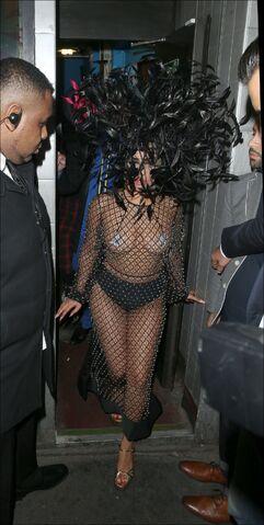 File:6-9-15 Leaving The Box Nightclub in London 001.jpg