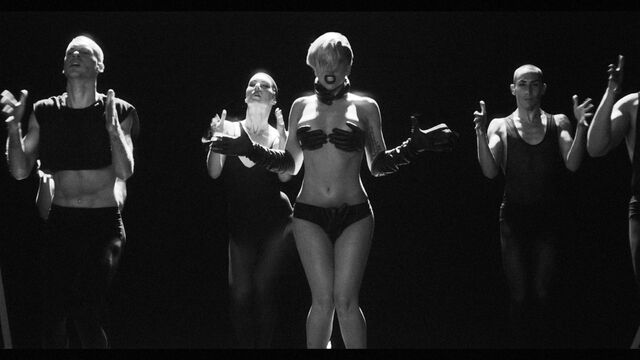 File:Applause Music Video 053.jpg