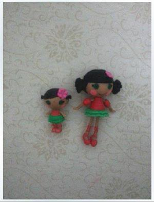 File:Mango Tiki Wiki & Kiwi Tiki Wiki dolls - mini - preview leak.jpg