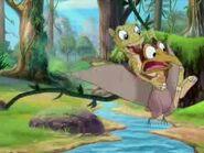 DuckyGrabbingPetrie