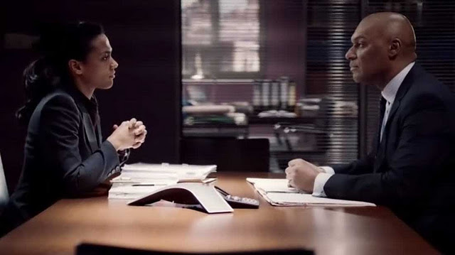 File:Alesha speaks with Jamal's brief in Law and Order UK.jpg