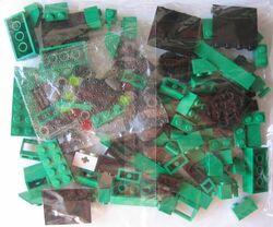 3744-Locomotive Green Bricks